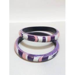 Coppia di bracciali in legno viola