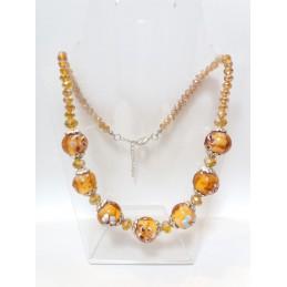 Collana in vetro color ambra