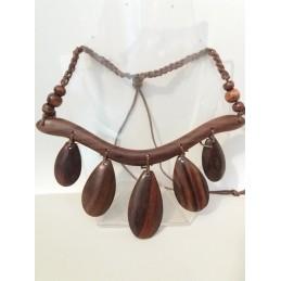 Collana in legno 5 gocce