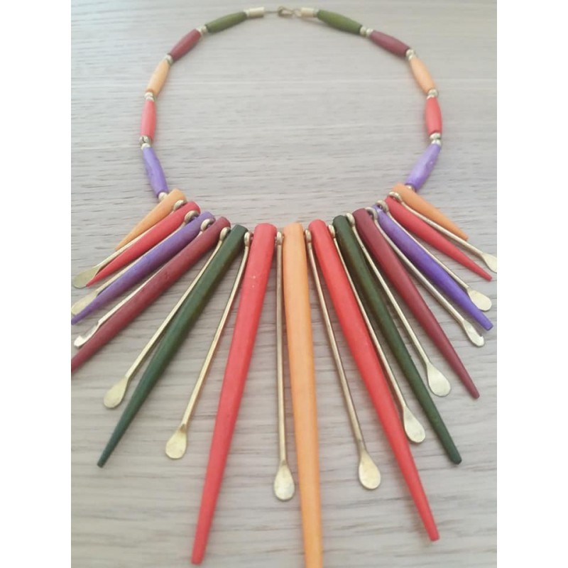Collana multicolor con punte