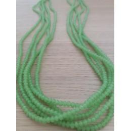 Collana in pietra verde chiaro